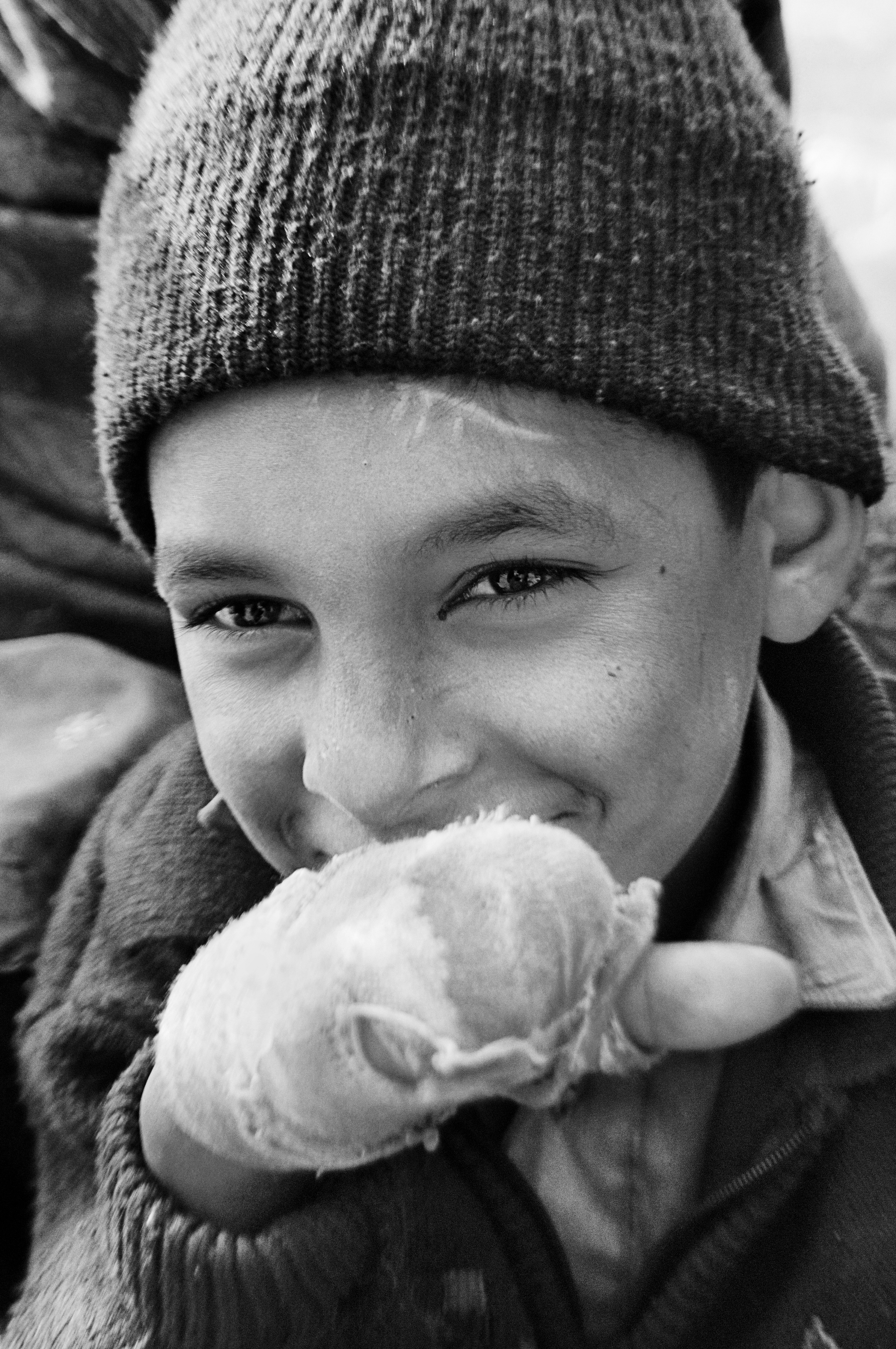 boy_wrapped_hand